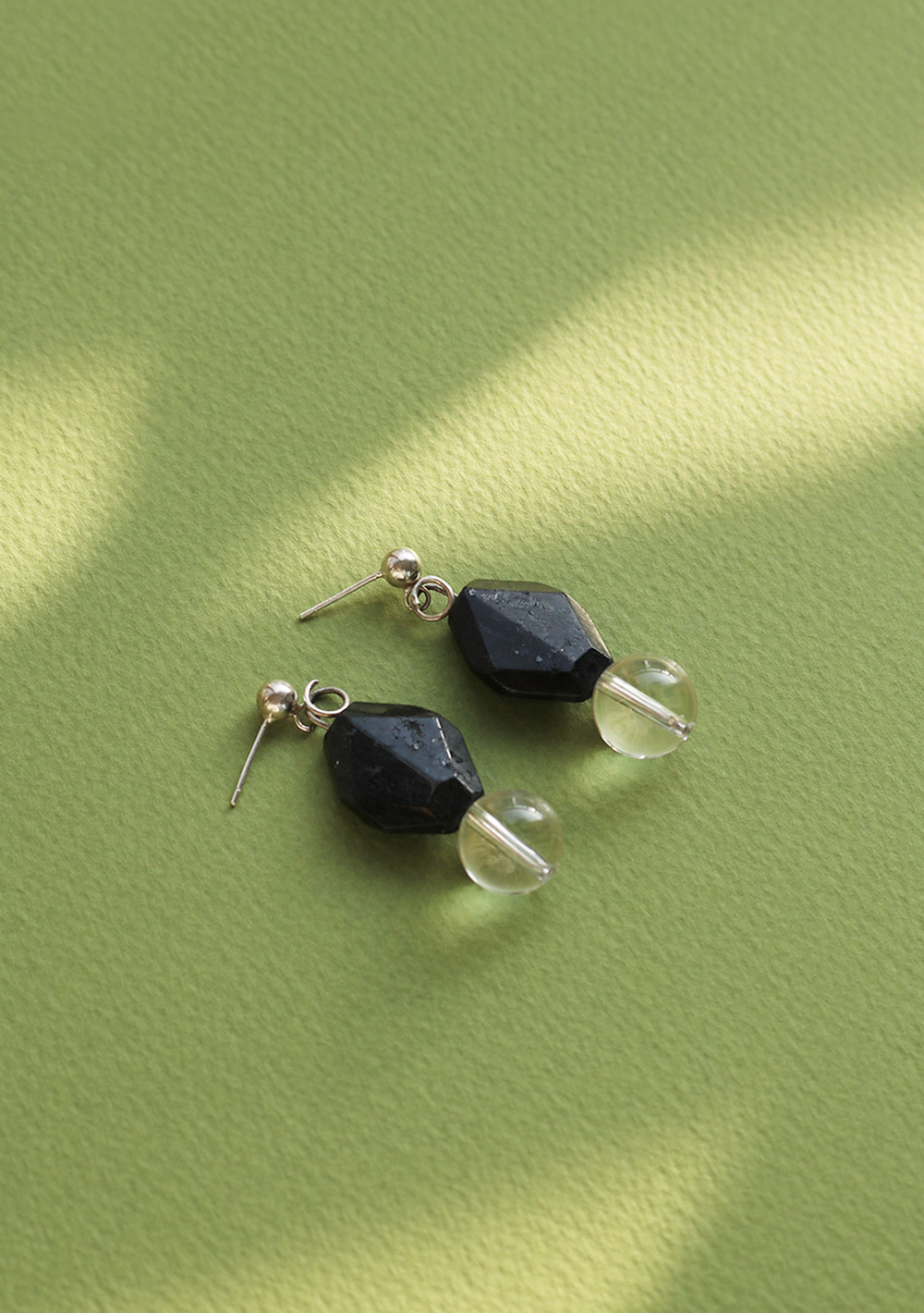 "Remember,me Earring033 ""Black&Clear"""